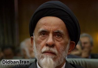روحانی اصلاحطلب: قانون اساسی ما، قانون اساسی یک جمهوری نیست