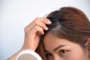 چطور از سفید شدن موهایتان جلوگیری کنید؟