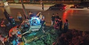 تصادف مرگبار پژو با تیر چراغ برق در بزرگراه امامخمینی(ره) کرمانشاه