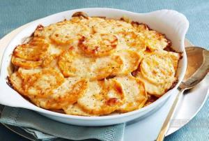 غذای ملل/ «کاسرول ژامبون و سیب زمینی پنیری» ؛ خوشمزه و پرطرفدار