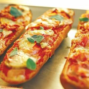 ایده تهیه پیتزا با نان باگت