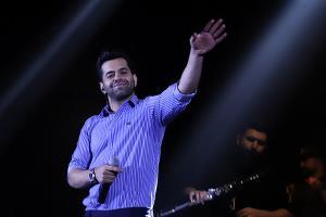 اجرای زیبایی از آهنگ «دیوانه» رضا بهرام