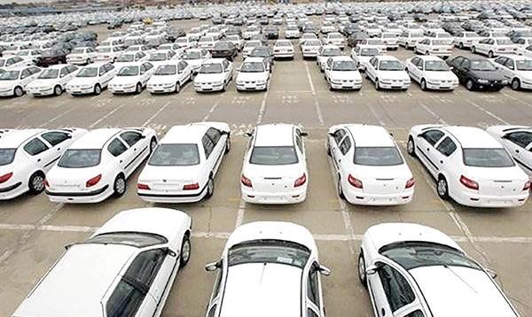چکش کاری طرح عرضه خودرو در بورس/اختلاف مجلس و وزارت صنعت بر سر قیمتگذاری خودرو