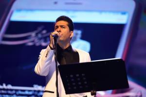 اجرای زنده محمد معتمدی در آخرین برنامه جشن رمضان