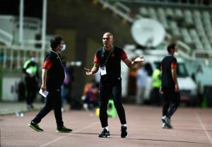 دو سال دیگر به حرف من میرسید/ فوتبال ایران نابود میشود!