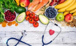 کرونا/ بیماران کرونایی در دوران نقاهت چه غذاهایی بخورند