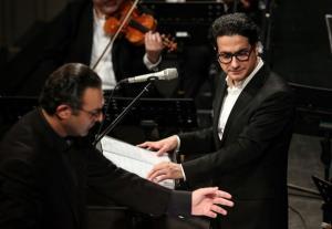 ارکستر قطعه «زادن زال» با صدای همایون شجریان