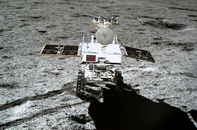 ماهنورد یوتو-۲ از خواب زمستانی بیدار میشود