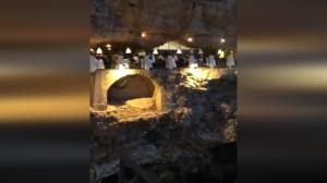 رستورانی رویایی در دل صخرههای آهکی کنده شده