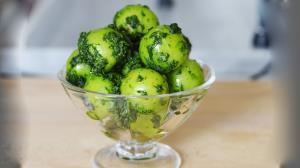 گوجه سبز و دلال؛ معجون خوش طعم روزهای بهاری