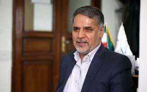 نقوی حسینی: شاید جهانگیری نامزد پوششی لاریجانی باشد