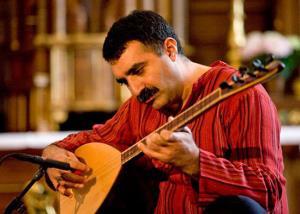 تکنوازی ساز باغلاما توسط اردال ارزنجان