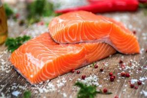 آموزش تهیه ماهی سالمون مزه دار