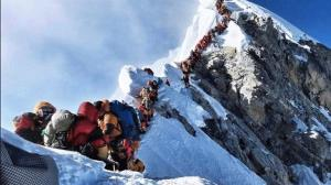 صعود کوهنورد ایرانی به قله اورست