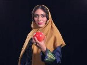 تک خوانی هنرمندانه «مونا فرجاد» با گریم قجری