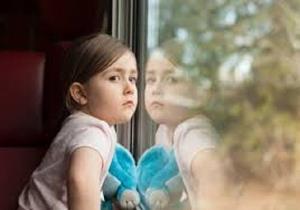 بچههایی که تا ابد پشت پنجره منتظر میمانند