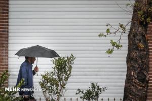 بارشهای رگباری اصفهان را در بر میگیرد