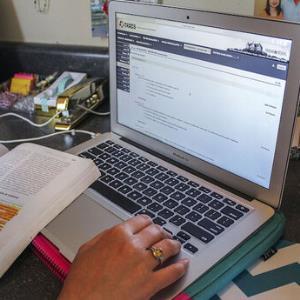 اعلام وضعیت برگزاری امتحانات دانشجویان در پایان ترم؛ آنلاین یا حضوری؟