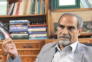 نعمت احمدی: مخالف حضور رئیسی در انتخابات هستم