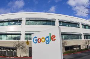 استقبال فرانسه از نگهداری اطلاعات با استفاده از فناوری گوگل و مایکروسافت