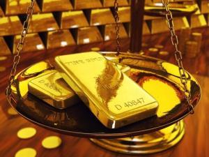 کاهش اندک قیمت جهانی طلا