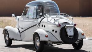 یکی از معروفترین خودروهای حبابی با چهره ای نامتعارف به حراج گذاشته شد