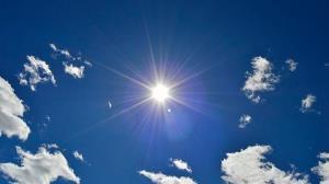 صحنه نادر پدیدارشدن رنگین کمان به دور خورشید!