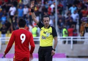 داور همدانی مسابقات لیگ فوتبال قهرمانان آسیا را قضاوت میکند