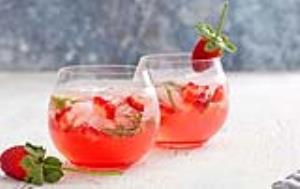 شربت توتفرنگی خانگی؛ تازه و آسان با طعمی دلپذیر