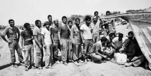 صندوق انتخابات وسط میدان جنگ و زیر آتش دشمن