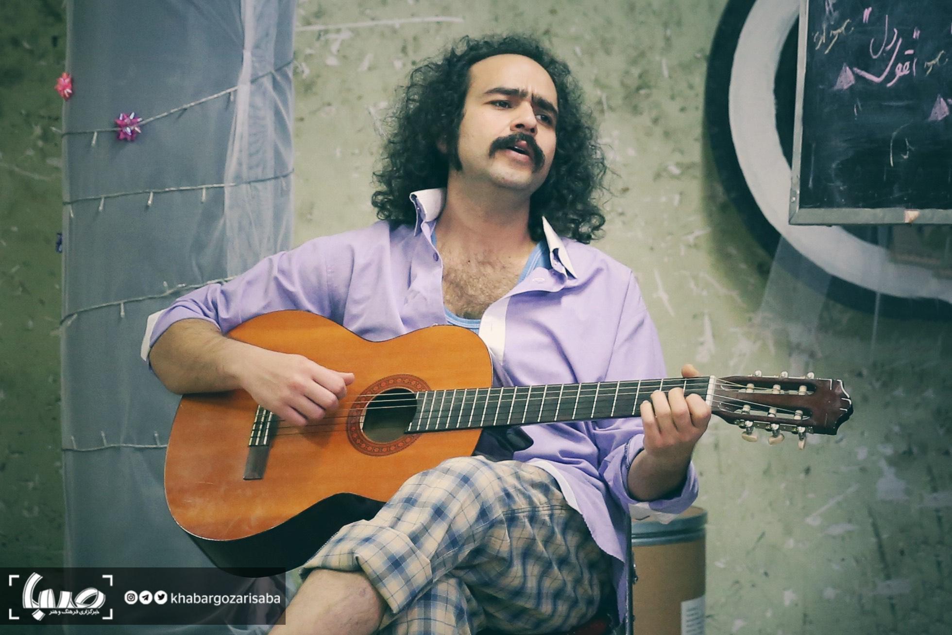 علی باغفر: حامد بهداد دو سر و گردن از بازیگرانی که خواننده شدند بالاتر است