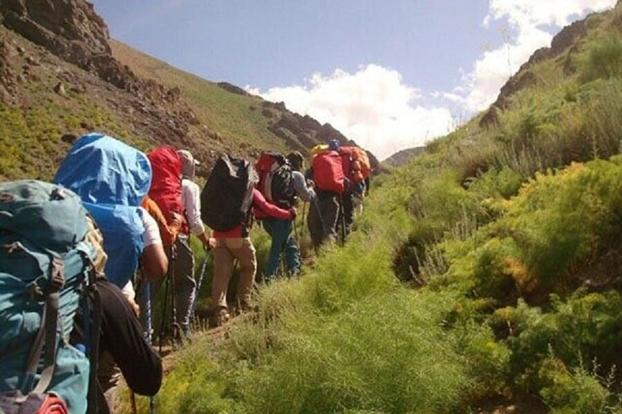 نجات ۱۳ نفر کوهنورد گمشده در خراسان شمالی