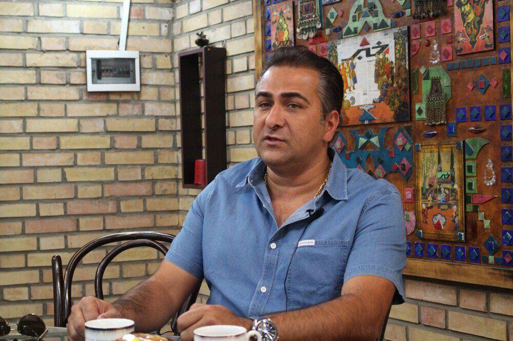 تشتزر: وزارت ورزش حق ندارد سهام باشگاه استقلال را واگذار کند
