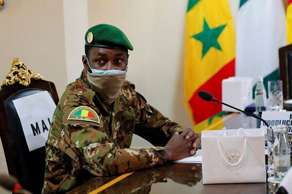 فرمانده کودتا در مالی رئیسجمهور موقت شد