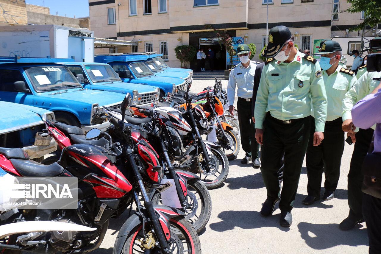 کشف ۲۹ دستگاه وسیله نقلیه سرقتی در همدان