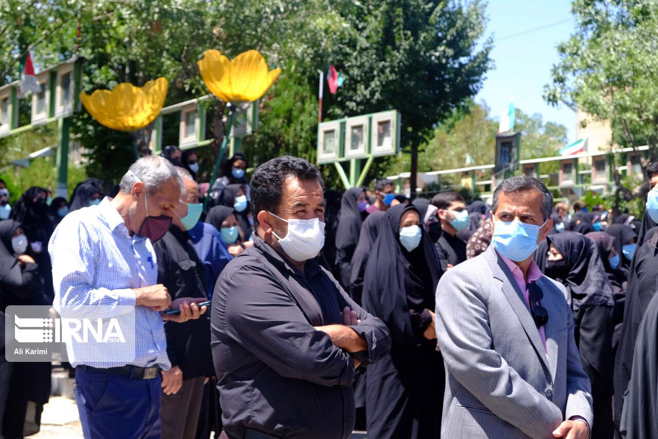 تشییع پیکر مطهر سردار شهید مدافع حرم در اراک