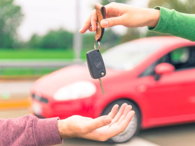 هزینه ثبت سند خودرو با خریدار است یا فروشنده؟