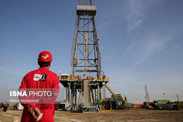 برپایی دستگاه حفاری ۲۷ فتح در میدان نفتی سپهر