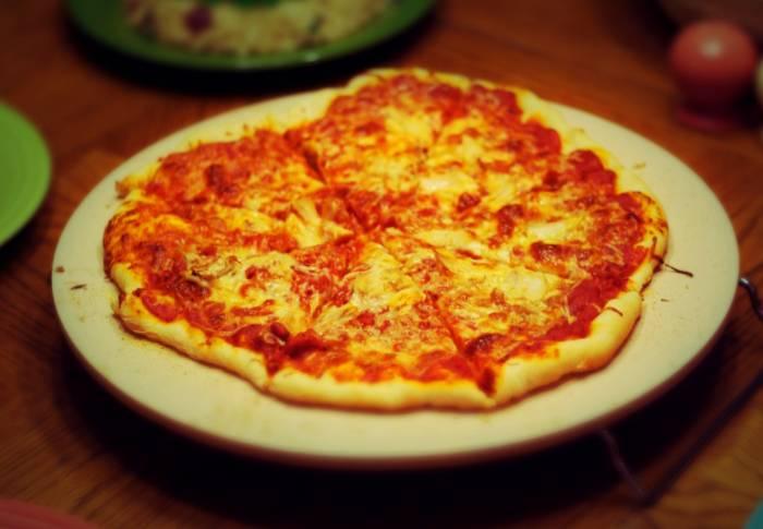 دلیل ترک و شکستن سنگ پیتزا