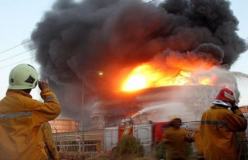 جلوگیری از تکرار فاجعه بیروت در تهران؛ روایت عملیات آتشنشانان برای مهار آتشسوزی در پالایشگاه تهران