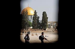 یورش صهیونیستها به مسجدالاقصی و بازداشت فلسطینیان