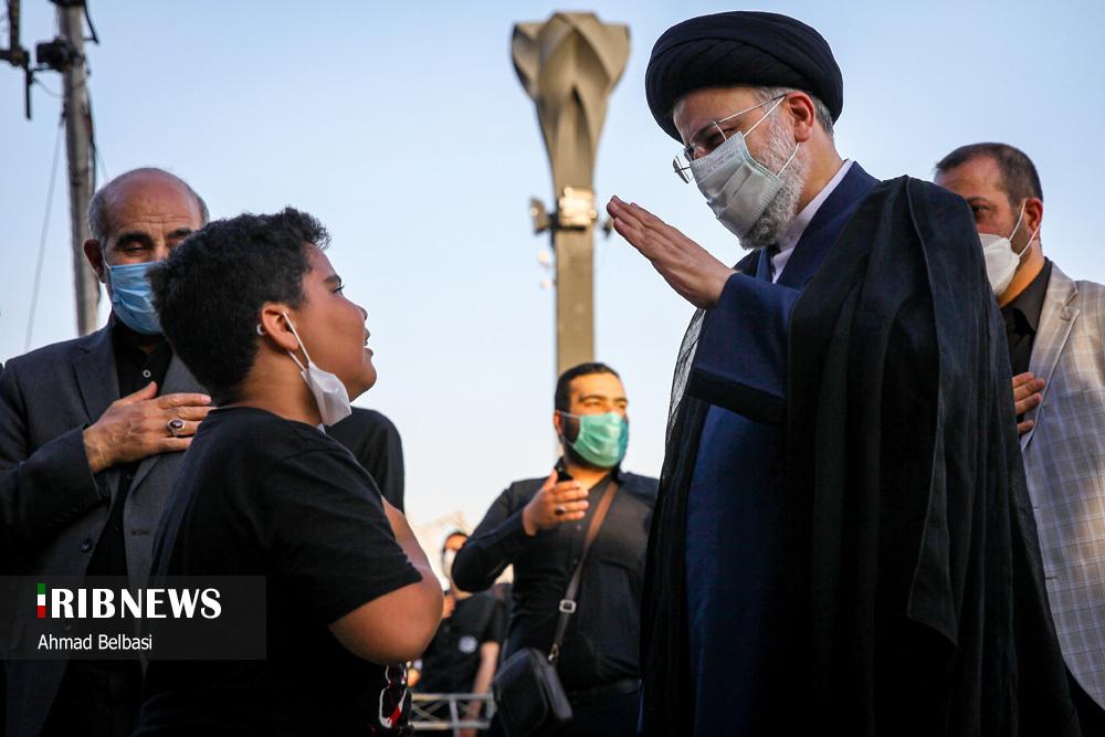 عکس/ حضور سید ابراهیم رئیسی در جمع مردم اسلامشهر
