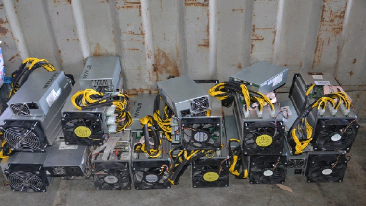 ۹۷ دستگاه استخراج ارز دیجیتال در بوشهر کشف شد
