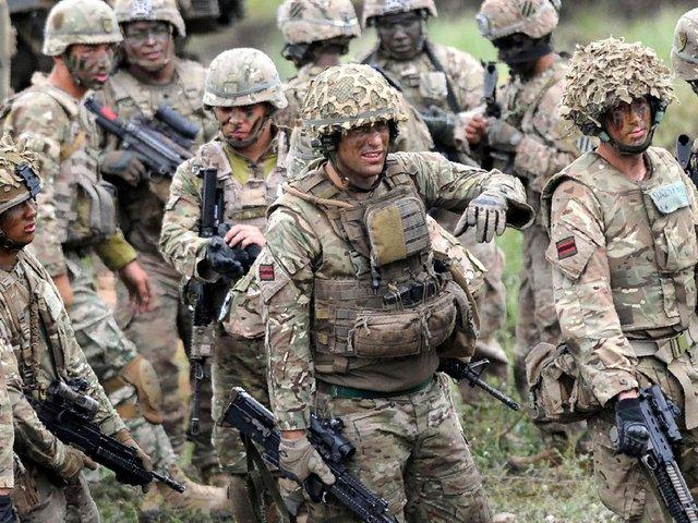 بازداشت سربازان انگلیسی در نزدیکی مرز روسیه و استونی