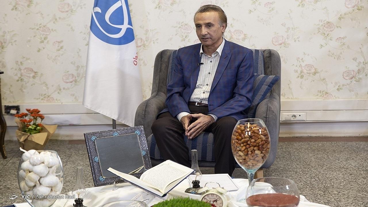 محمدرضا حیاتی: با انتشار اخبار زرد، کشورم را ترک نمیکنم