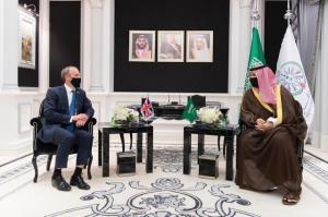 گفتوگوی وزیر خارجه انگلیس با معاون وزیر دفاع عربستان درباره ایران