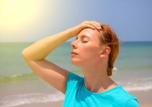 علت سردردهای ناشی از گرما و راهکار درمان آن