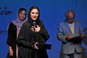 مونا فرجاد از سینما و تئاتر در شرایط کرونا می گوید