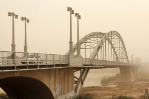 وزش باد و گردوخاک آسمان خوزستان را آشفته میکند
