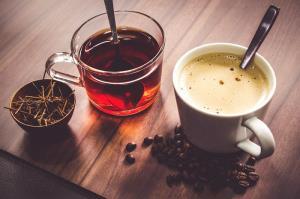 هر گز صبح خود را با این دو نوشیدنی گرم آغاز نکنید